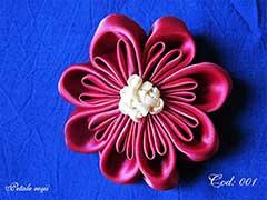 Petale rosii